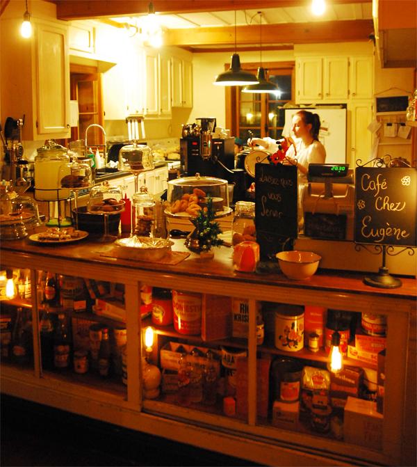 magasin general lebrun cafe