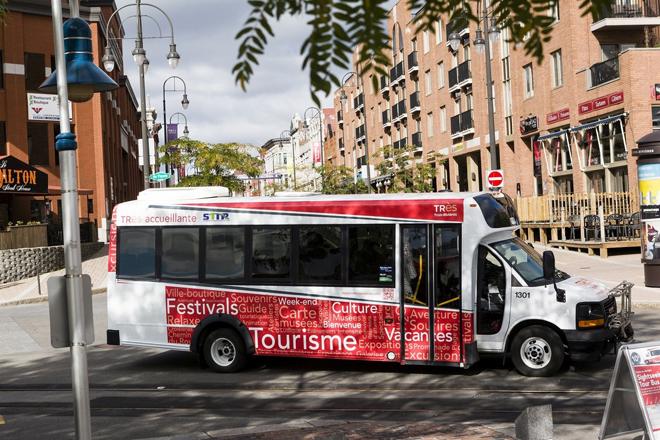 Autobus touristique de TR